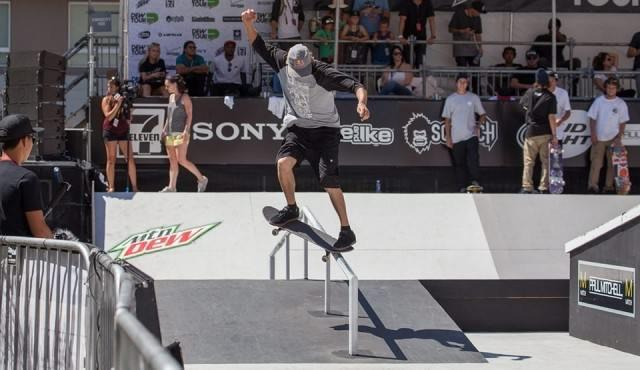 Dew Tour LA. Hoefler and Lopez are on a roll - Street Highlights