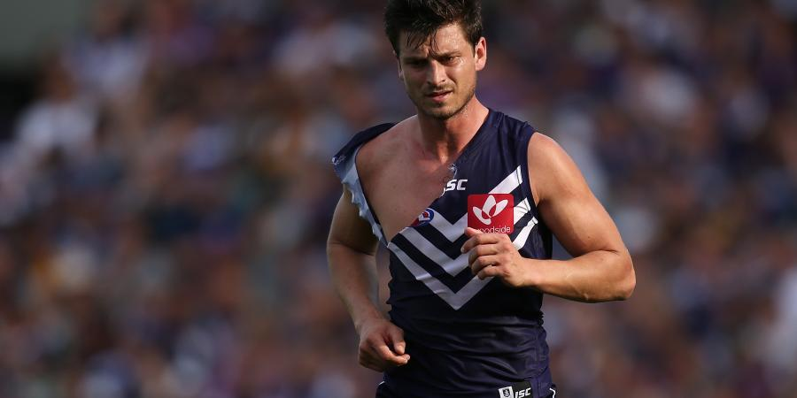 AFL tribunal bans Masten for biting