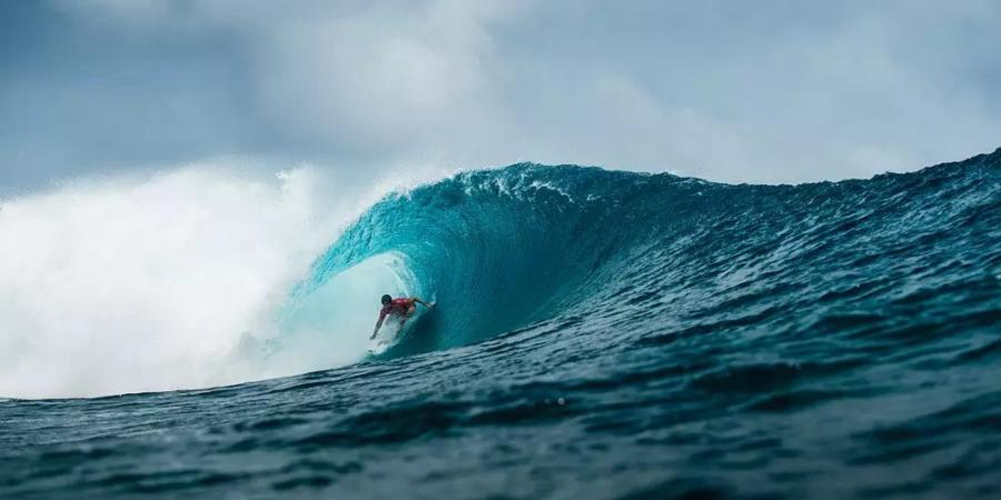 Shock as Jeremy Flores wins Billabong Pro Tahiti