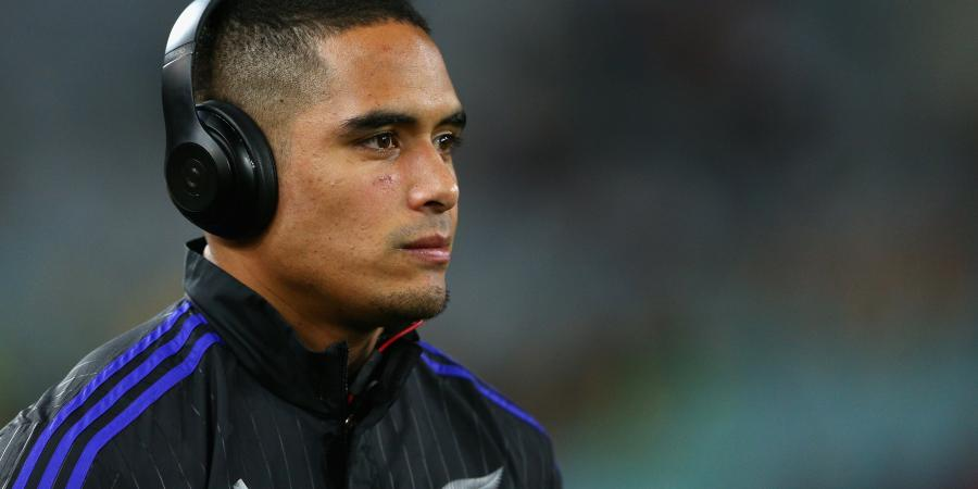Aaron Smith stays with NZ Rugby until 2019