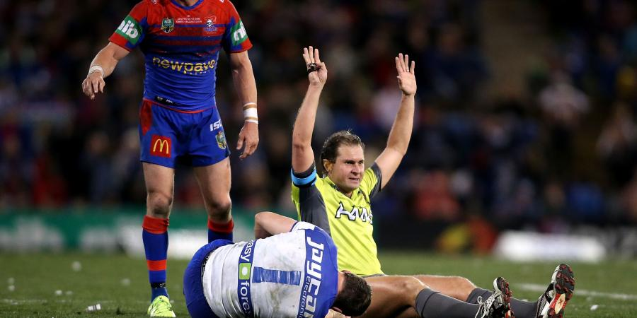 Hodkinson injured in Dogs win over Knights