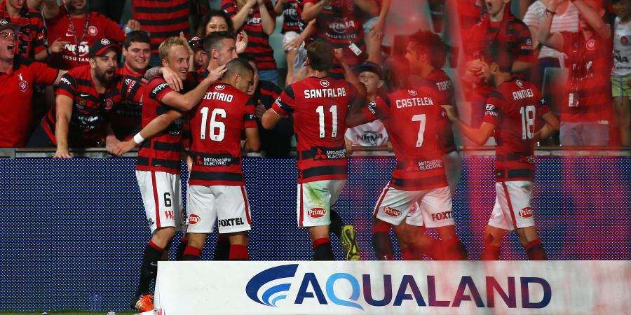 Wanderers top A-League as Victory slip