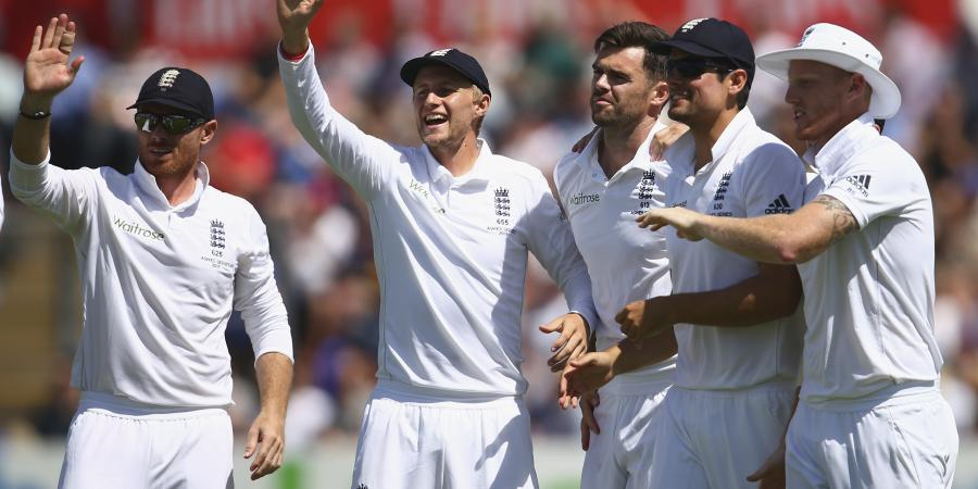 The Ashes: Australia mauled as England seize control on Day 3