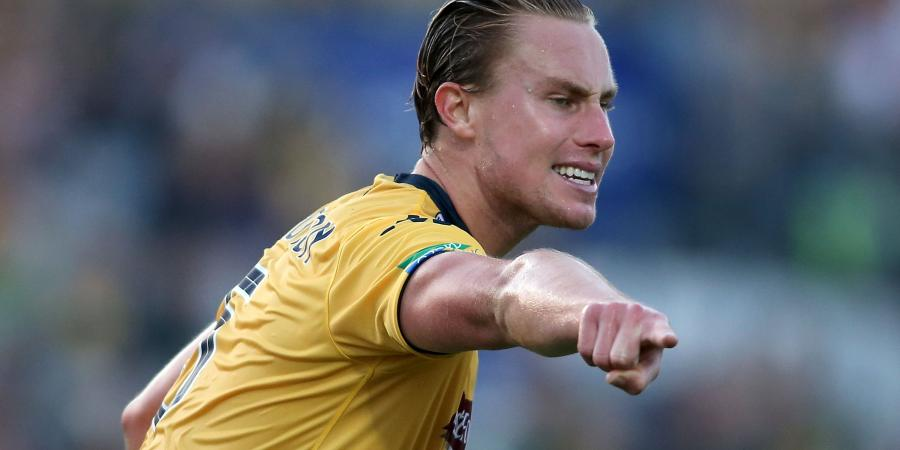 Sydney FC sign defender Zac Anderson