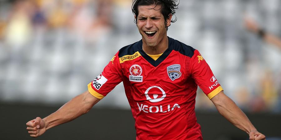 Sanchez Brace Sinks Mariners in Gosford