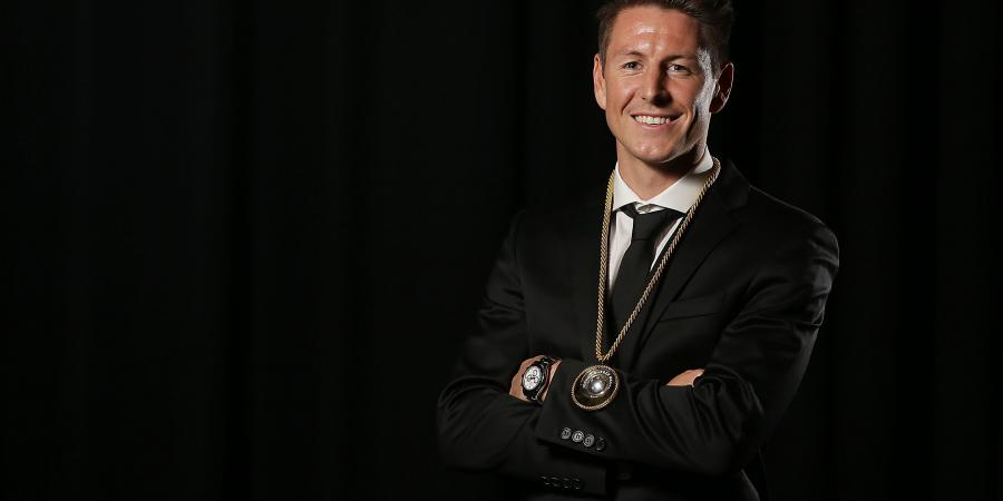 Nathan Burns wins Johnny Warren medal