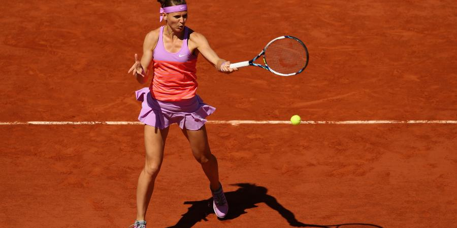 Safarova has managed to win 2nd set with Serena from 4-1