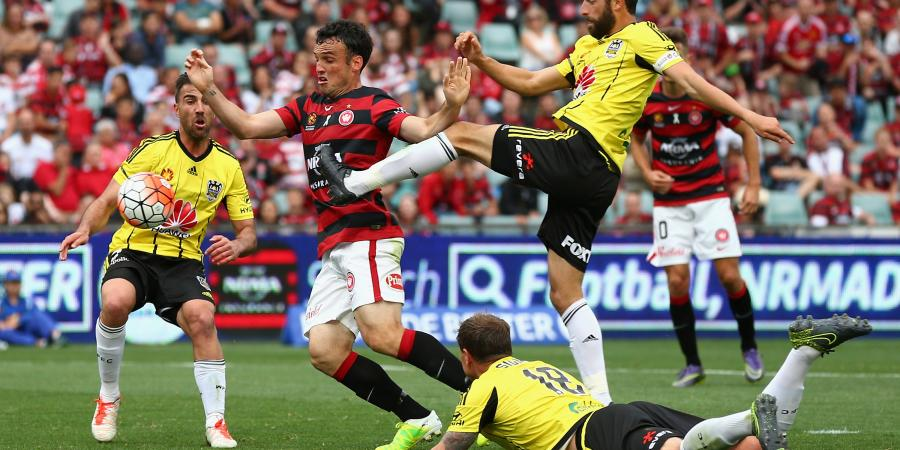 Wanderers edge Phoenix in 2-1 thriller