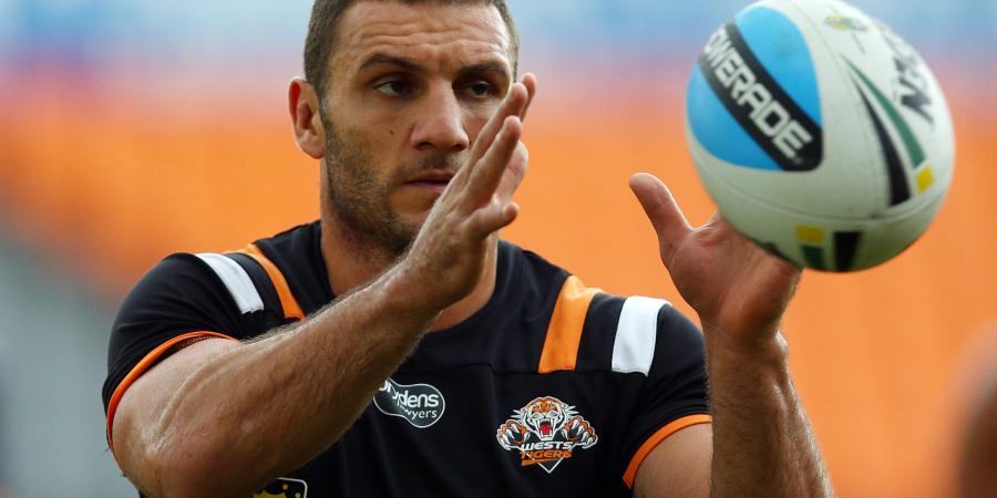 Farah meets with Tigers over future