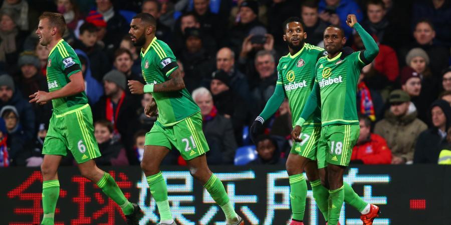 Defoe gives Sunderland much needed EPL win