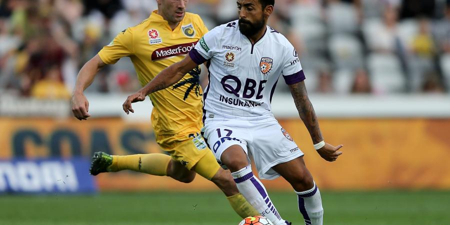 Mariners win A-League home opener v Glory