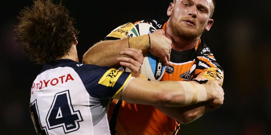 Lodge faces jail, end of NRL career