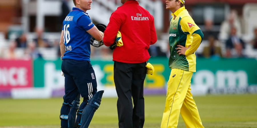 """The Eoin Morgan/Steve Smith """"Discussion"""""""
