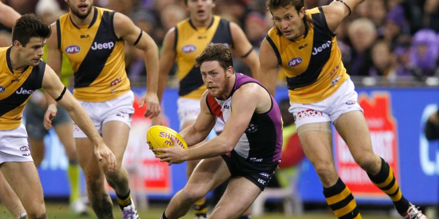 Steven wins Saints' top AFL award again