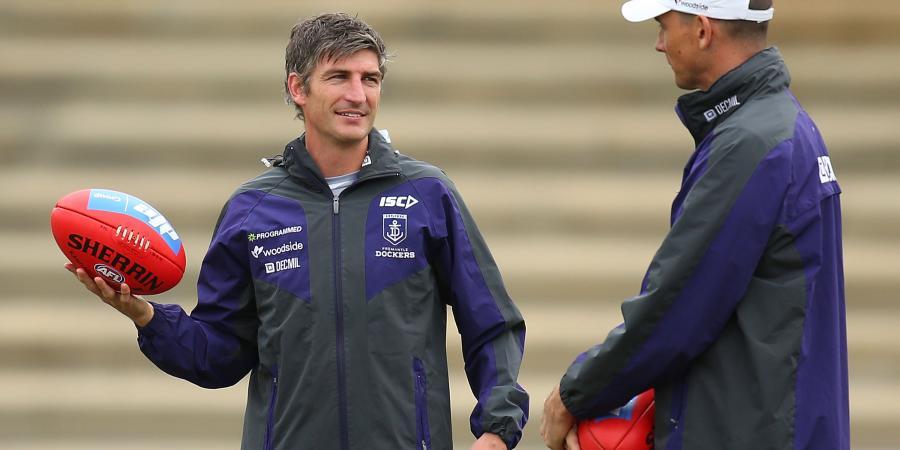 Ex co-captain Kirk returns to AFL Swans