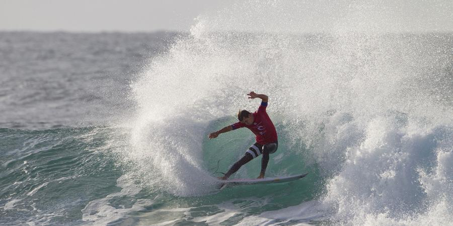 Conlogue finally wins Bells surf title
