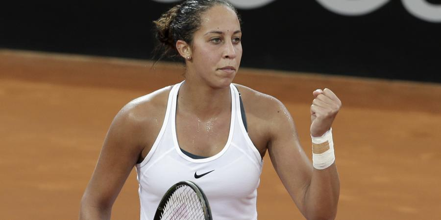 Aussies in Fed Cup trouble