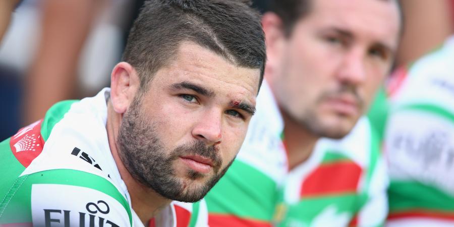 Reynolds suffers suspected jaw break