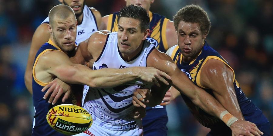 Dockers not easy prey say Crows, who have lost last four to winless Freo