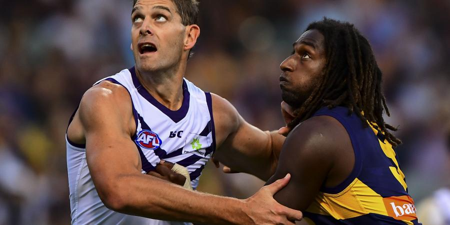 Sandilands return won't fix Dockers