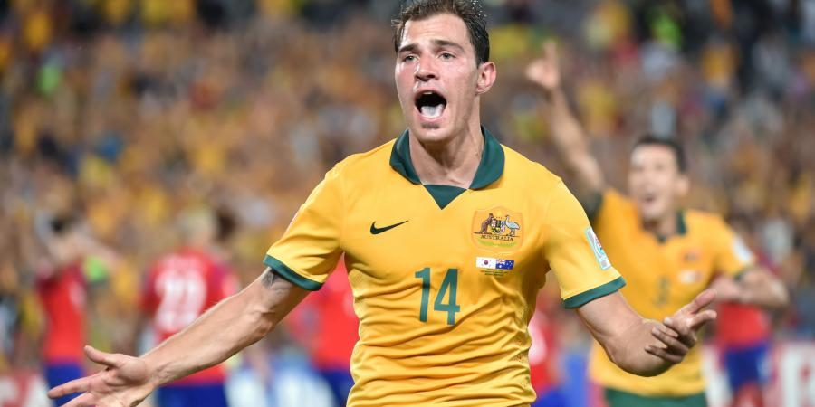 Troisi re-joins Victory