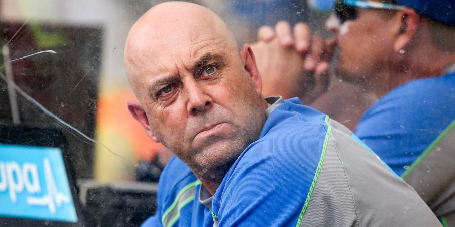 Lehmann re-signs as Aust cricket coach