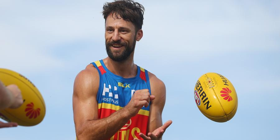 Injury-hit Suns prepare for in-form Giants