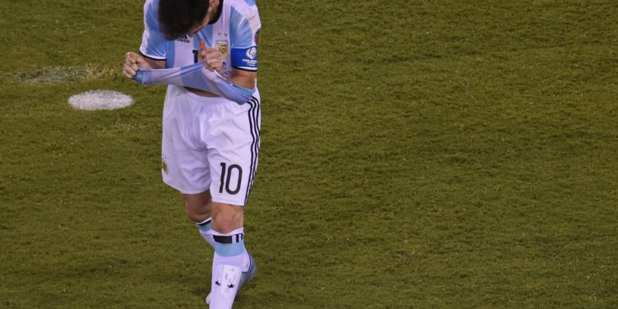 """Messi's """"retirement"""": Play for the shirt, not for the glory"""