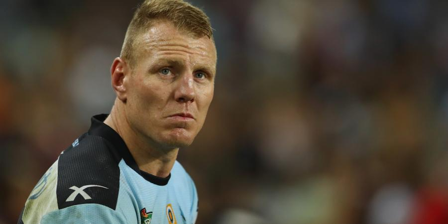 Lewis to re-sign with Cronulla