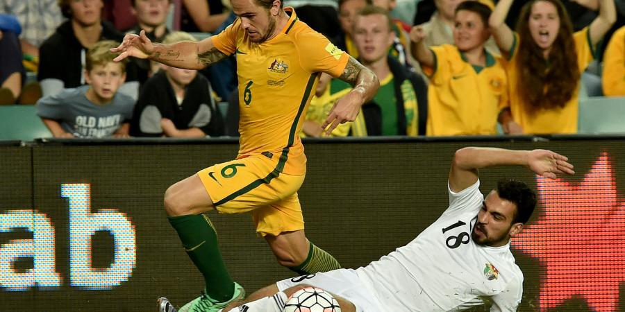 Snub doesn't worry Socceroo Risdon