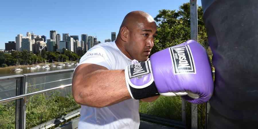 Heavyweight boxer Leapai retires