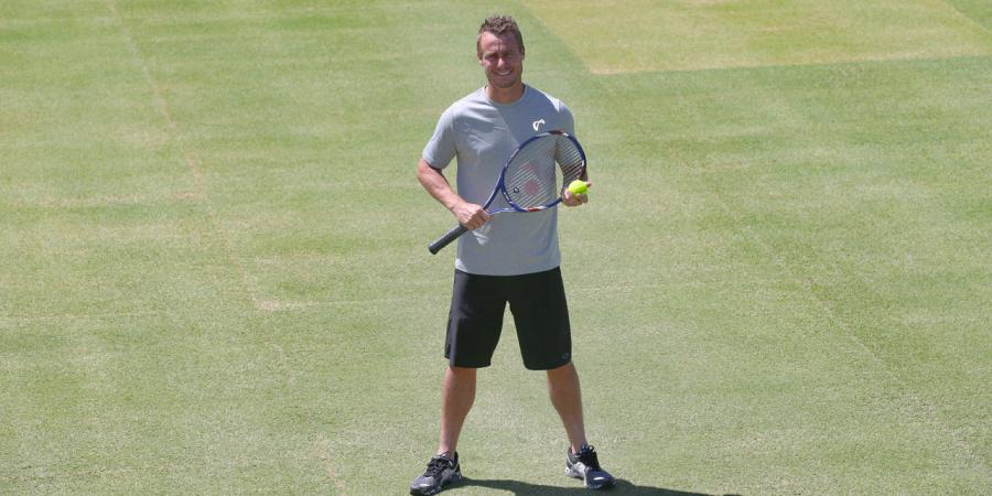 Hewitt to name Davis Cup team