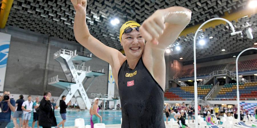 Cate Campbell sets new 100m world record