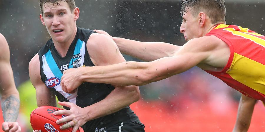 Port tip Lobbe, White returns from injury