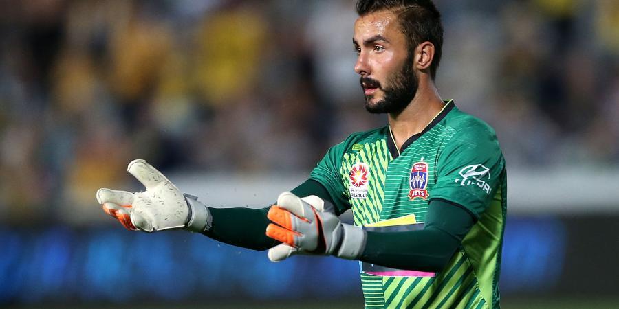 Ex-Jet Birighitti signs for Swansea