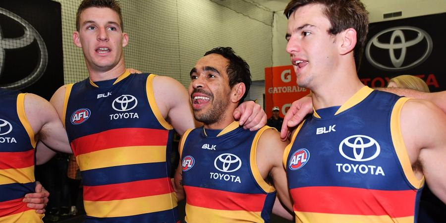 BREAKING: Crows forward signs on.