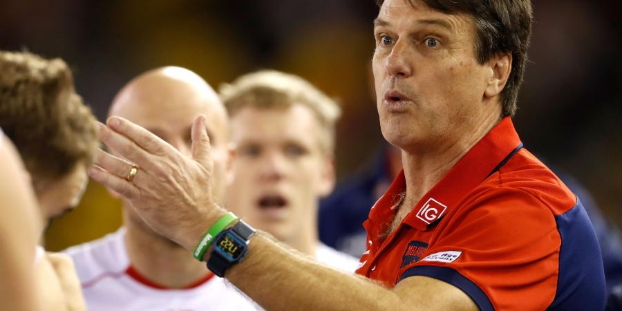 Roos confused by 'un-umpirable' rule