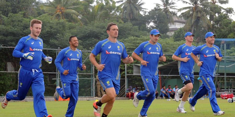 Aust bowlers flex muscle in 1st Lanka Test
