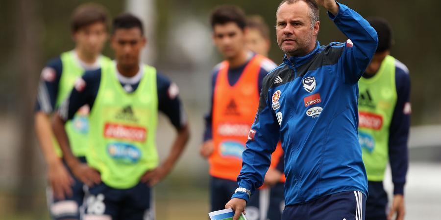 Assistant coach De Marigny rejoins Victory