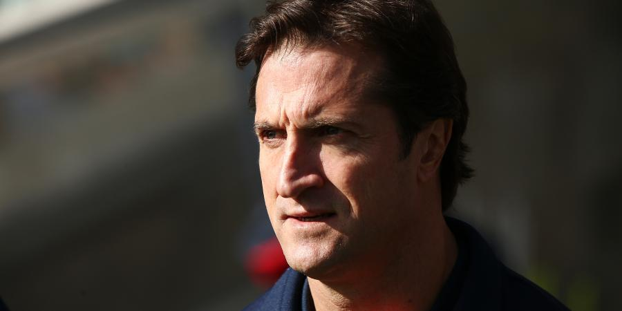 Dogs coach hails brave win