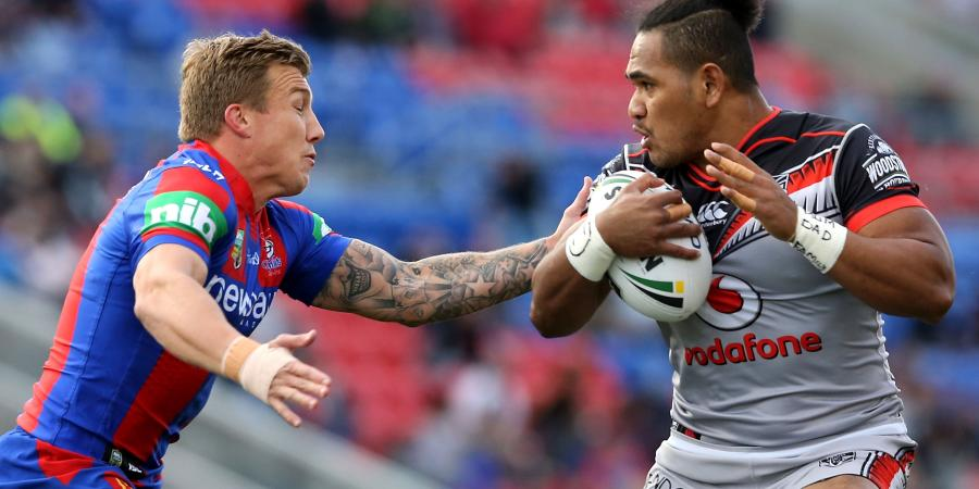 Johns takes aim at Hodkinson