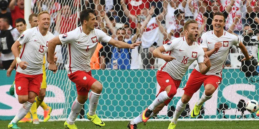 Poland reach Euro16 knock out stages