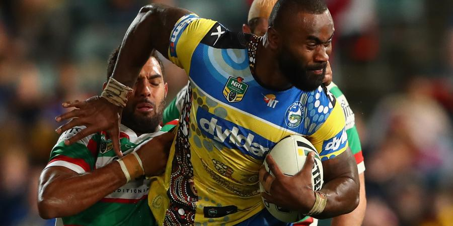 Radradra's dad wants him to stay in NRL