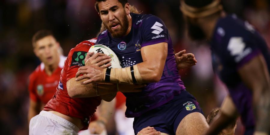 Knee injury sidelines Asofa-Solomona