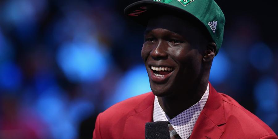 Aliir Aliir proud of cousin Thon Maker