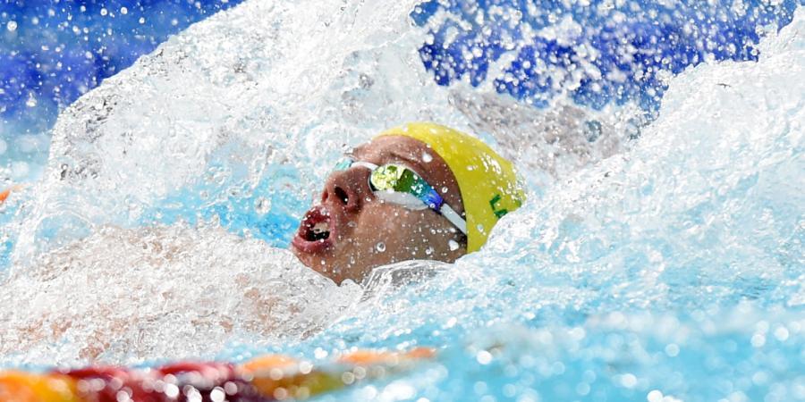 Larkin backs men's golden age in pool