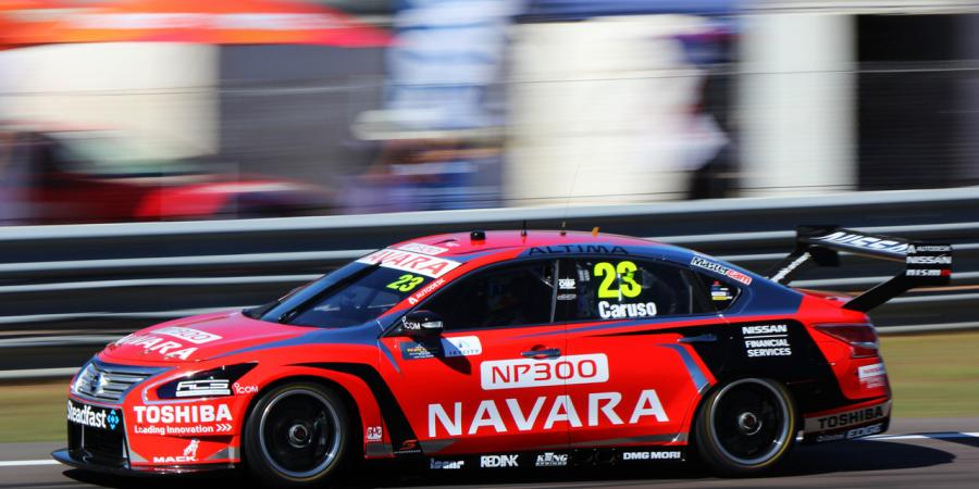 Courtney, Whincup share Clipsal spoils