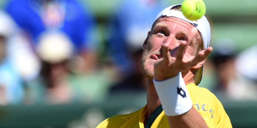 Groth through to second round in Miami