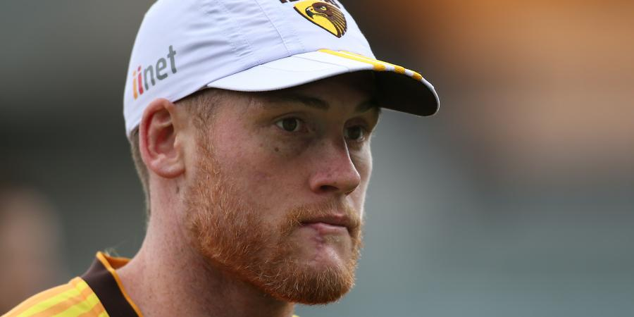 Hawks' Roughead steps up knee recovery