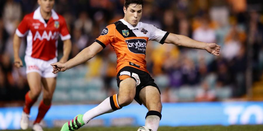 Tiger Moses stressed out by contract talks